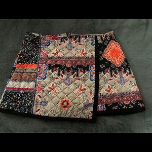 NWT quilted Zara wrap skirt sz L